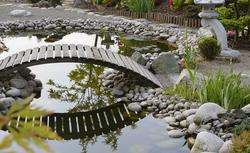 Ogród japoński ze źródełkiem w roli głównej