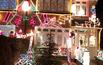 Świąteczne oświetlenie domu