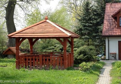 Lakierobejca do malowania mebli ogrodowych. Jak wybrać preparat o odpowiednich parametrach?