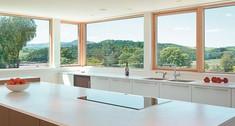 Inteligentna stolarka okienna. Okna w stylu high-tech
