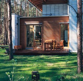 Piękne domy. Jak wybudować nowoczesny dom w lesie
